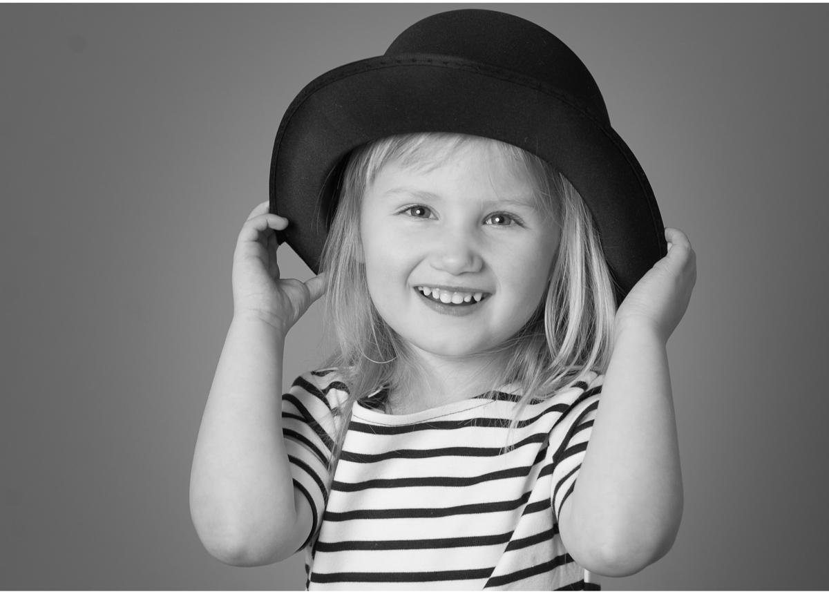 Barnfotografering i Täby - Täby centrum fotograf Blicka studio
