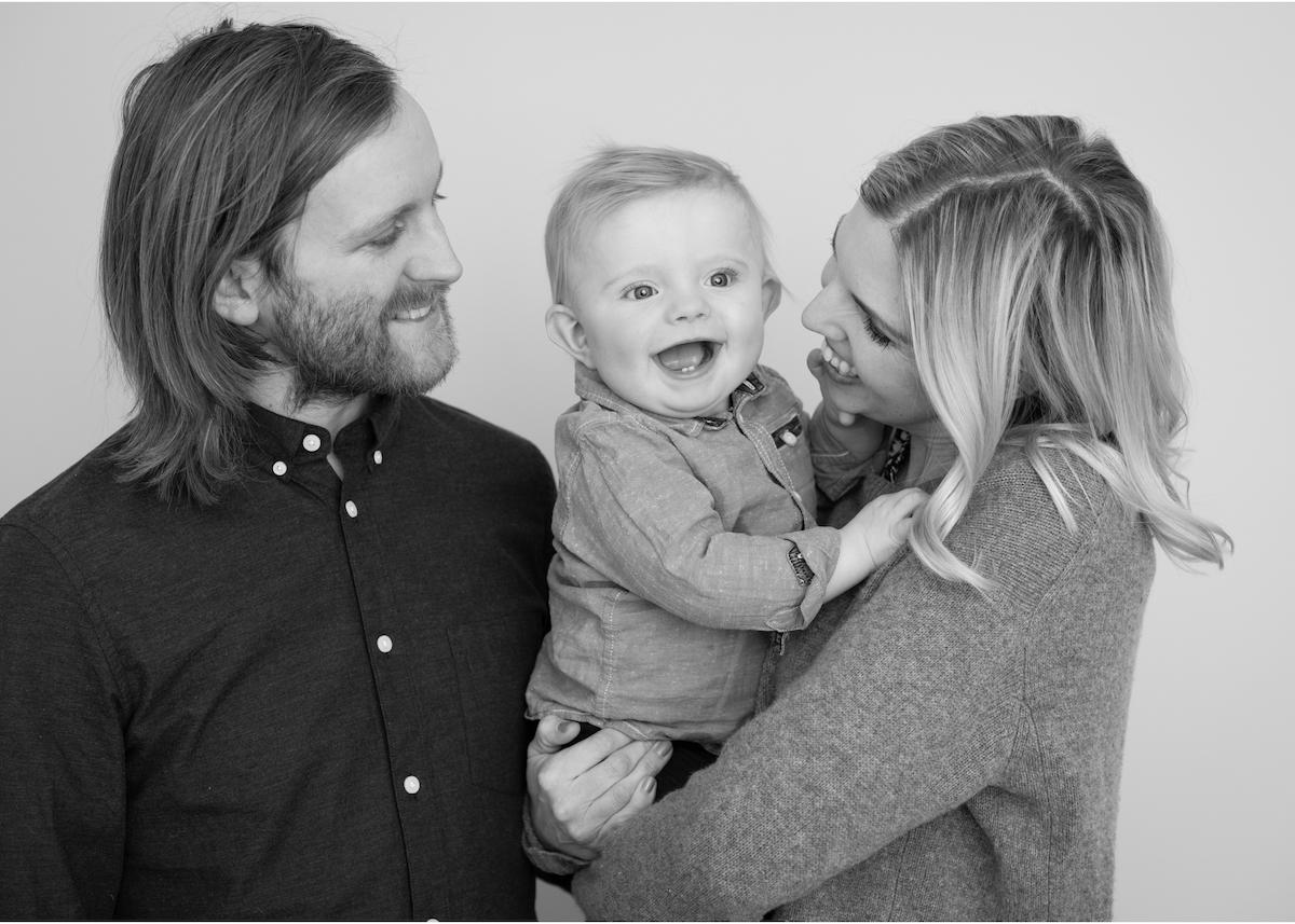 Babyfotografering Familjeporträtt studio Täby