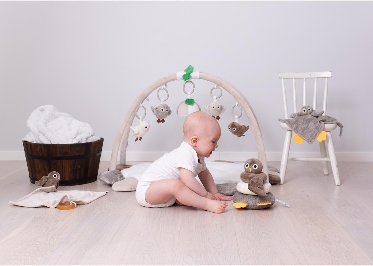 Produktfotografering med bebis barnrumsinredning Rätt Start Baby Owls